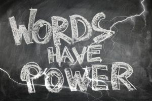 Raport płatnych i bezpłatnych wyników wyszukiwania w AdWords